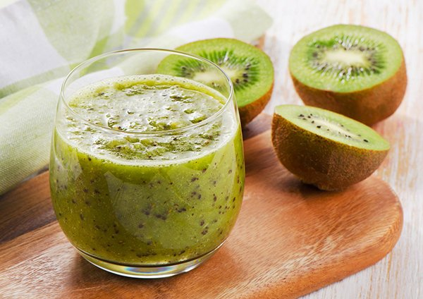 Green Tea Kiwi-Berry Smoothie