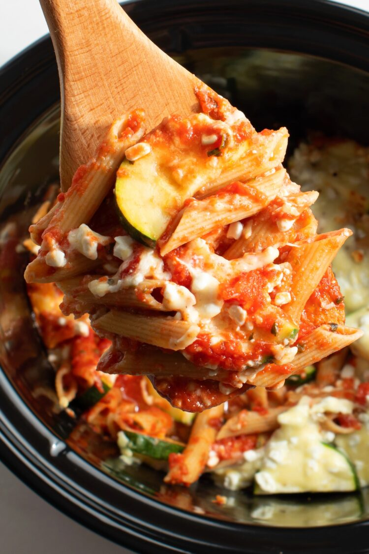 Your kitchen will be filled with wonderful aromas whien you set the slow cooker up to cook this tasty meal!