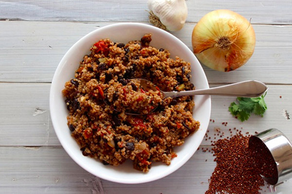 Skinny Quinoa with Black Beans