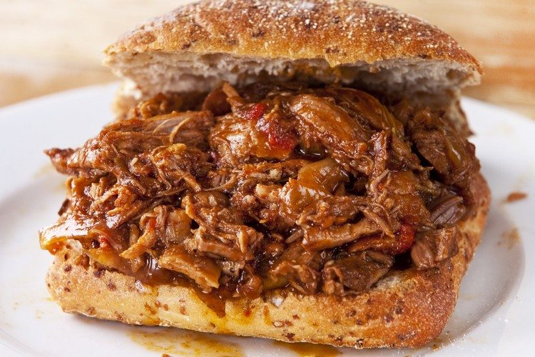 how to cook bbq pulled pork in a slow cooker