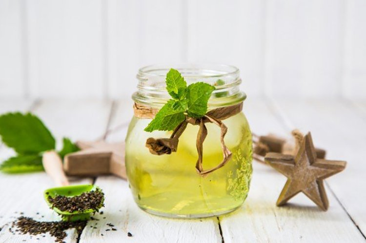 green-tea-600x399