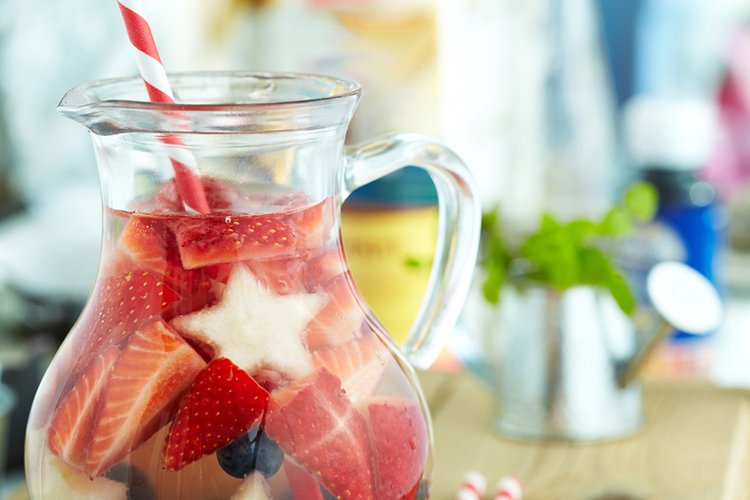 Red, White, and Blueberry Lemonade