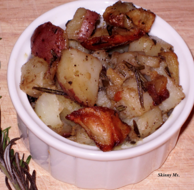 pots Skinny Slow Cooker   Homestyle Potatoes with Garlic and Rosemary