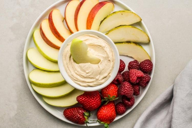 Skinny Peanut Butter-Yogurt Dip
