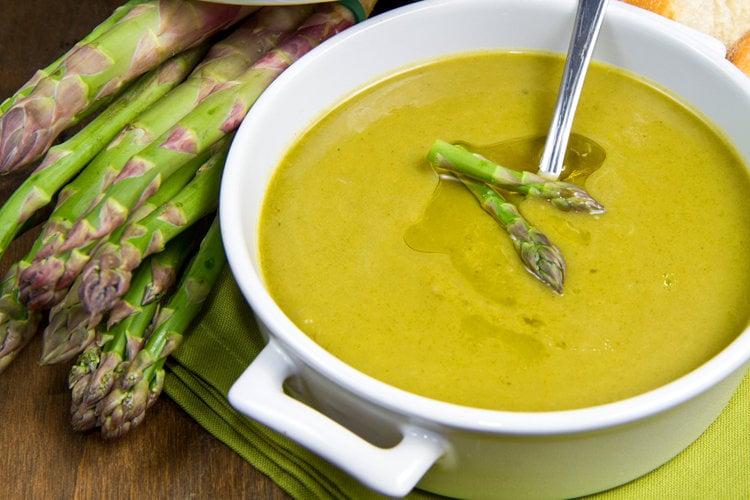 Skinny Cream of Asparagus Soup