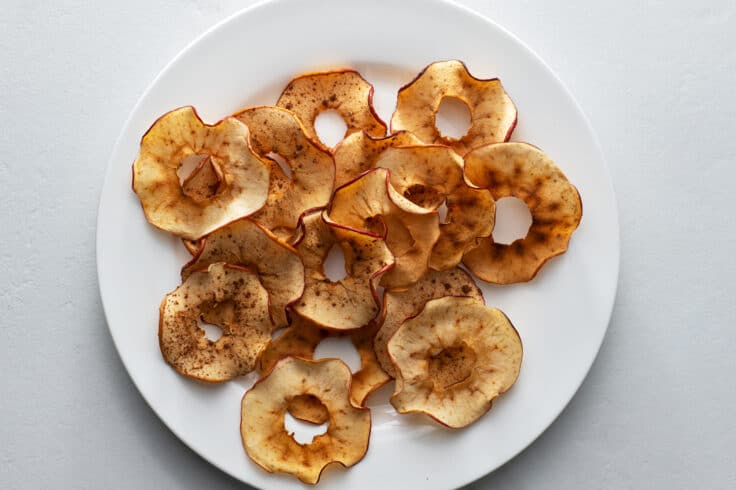 These baked apple chips are packed with flavor but low in calories!
