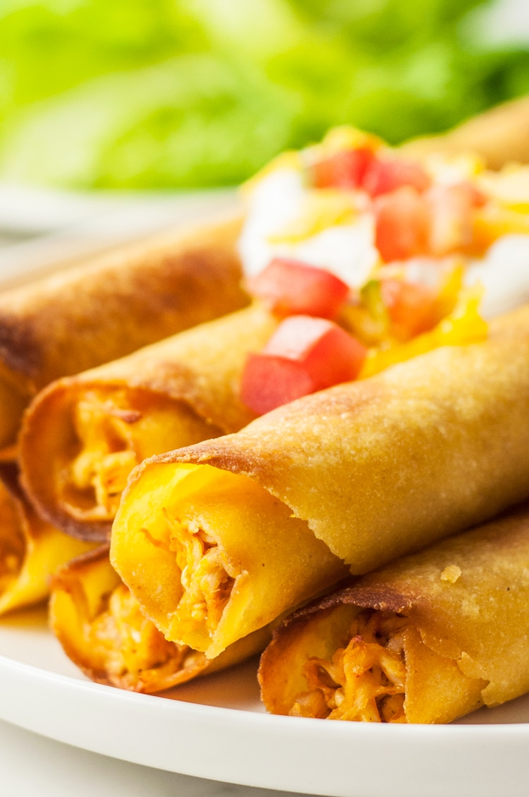 Bite into this tantalizing skinny chicken taquito