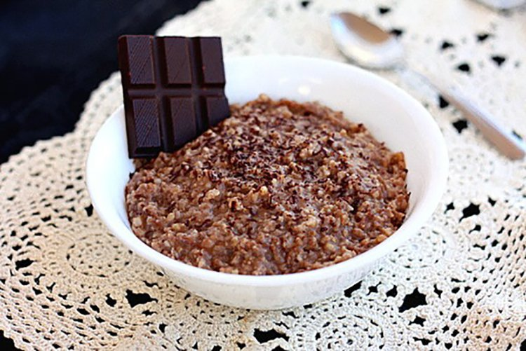 Slow Cooker Hot-Chocolate Steel-Cut Oatmeal