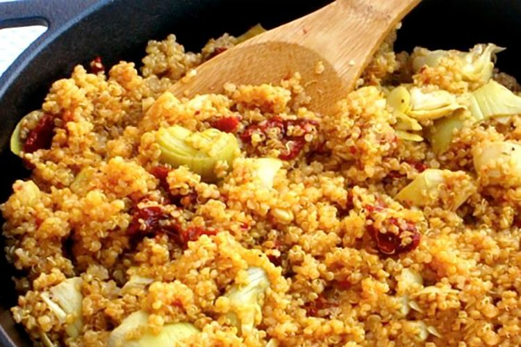 Skinny Quinoa Skillet Supper