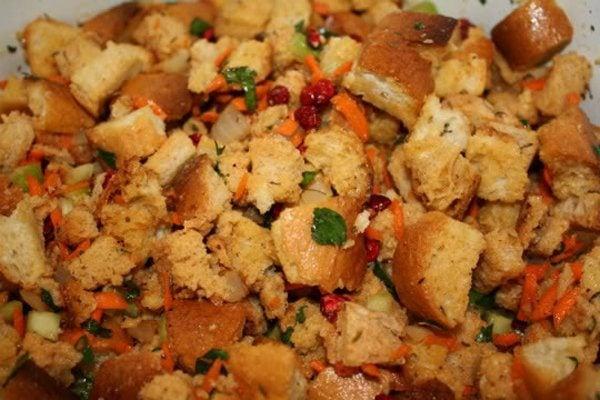 Thanksgiving vegan stuffing for Vegetarian christmas stuffing