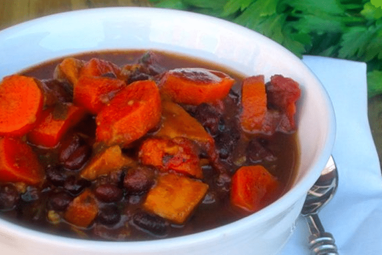 Southwestern Black Bean & Veggie Soup