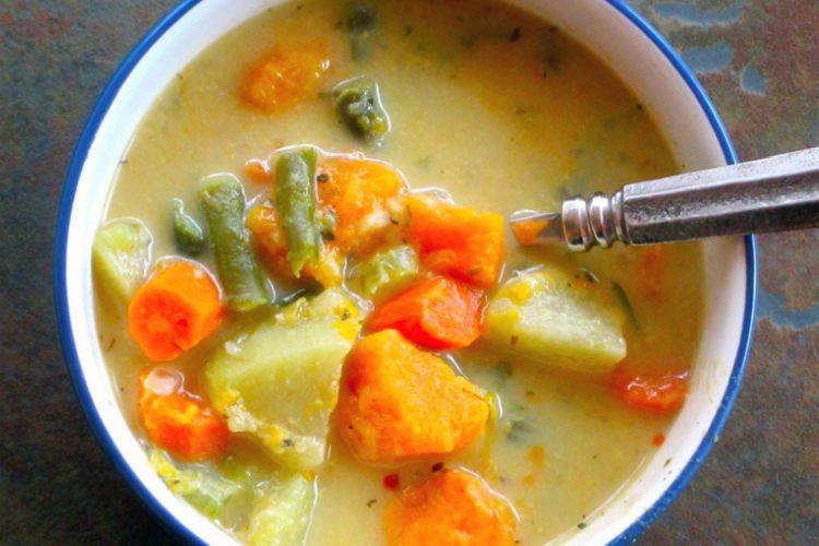 slow-cooker-veggie-pot-pie-stew