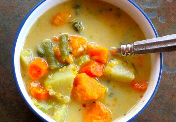 Slow Cooker Veggie Pot Pie Stew
