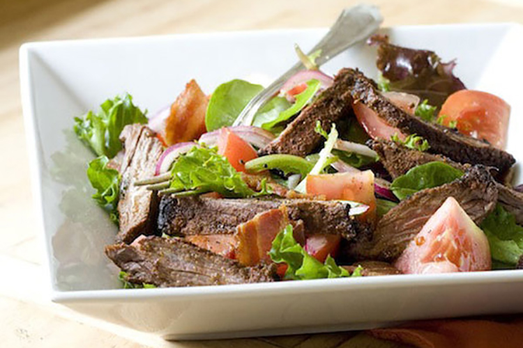 Blackened Skirt Steak BLT Salad