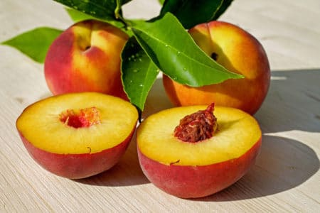 4 Reasons Why Peaches are a Superfood