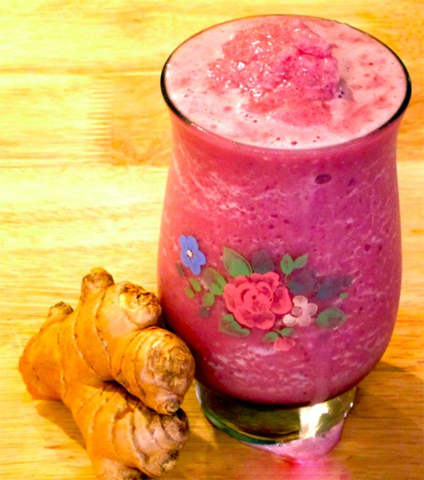 Pomegranate Banana Ginger Blast