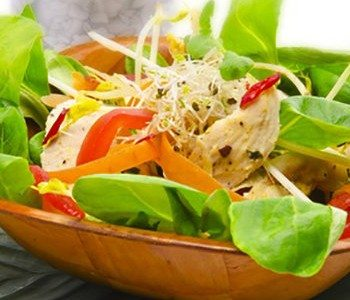 11 Tasty Salad Toppings for Weight Loss