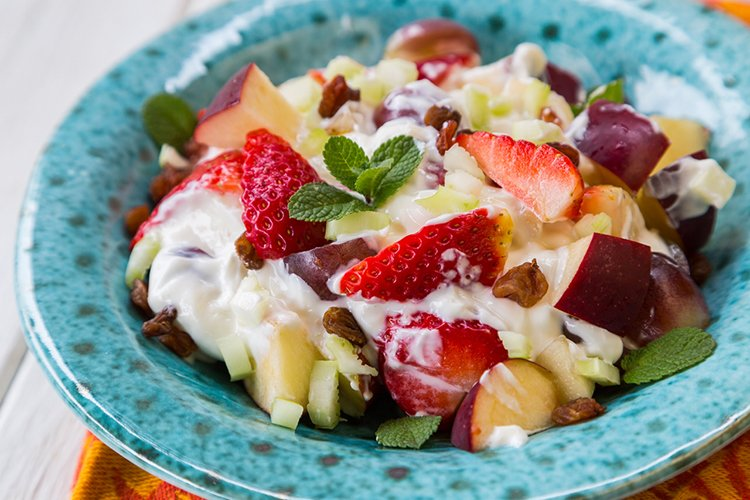 Skinny Fruit & Yogurt Salad