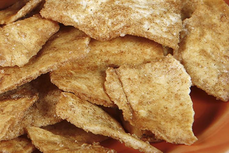 cinnamon pita chips
