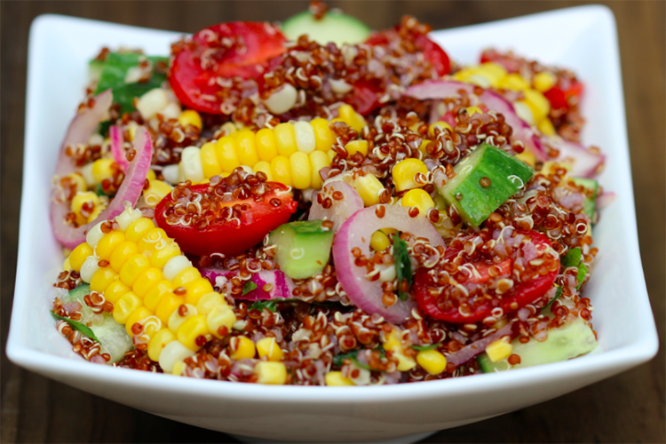 Mediterranean Quinoa Salad with Seasonal Vegetables