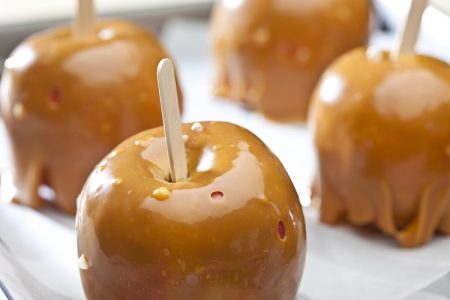 Clean-Eating Caramel Apples