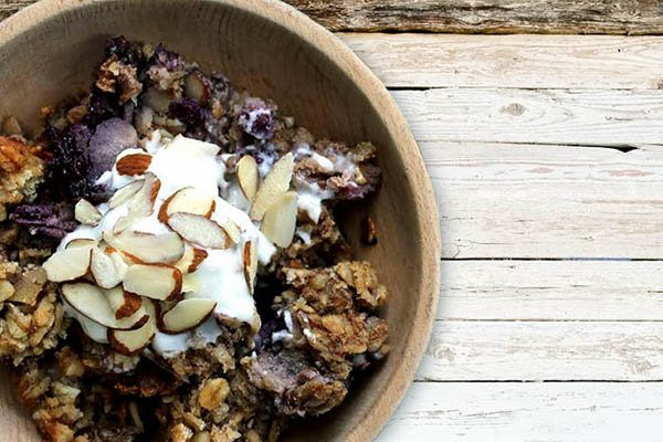 Slow Cooker Nutty Blueberry Banana Oatmeal