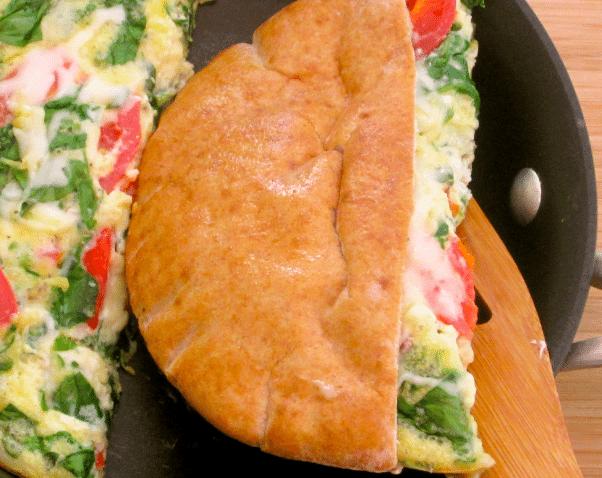 Pita-Pocket-Breakfast-Sandwich