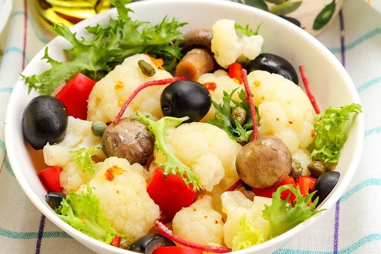 Roasted Cauliflower and Red Peppers with Olives