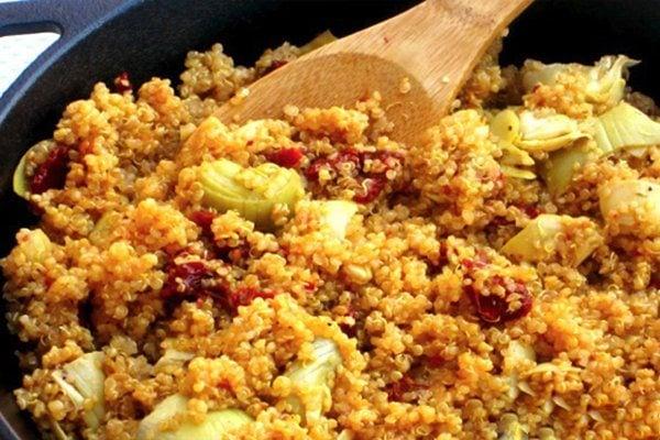 Skinny-Quinoa-Skillet-Supper2