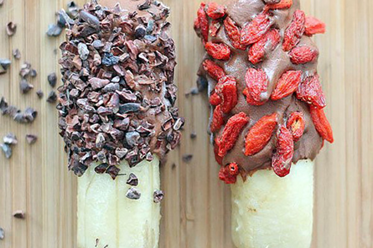 .Superfood Banana Pops