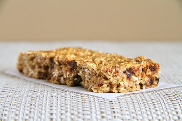 Chewy Protein Granola Bar