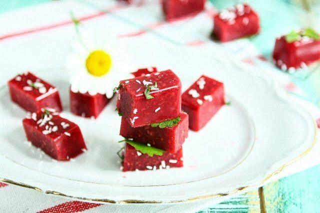 Agar Agar Raspberry Snack