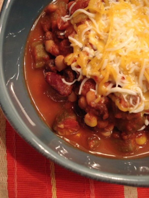 Throw-In-A-Pot Vegetarian Chili