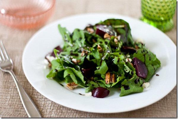 Arugula, Beet, Feta, & Pecan Salad with Quick Balsamic Dressing