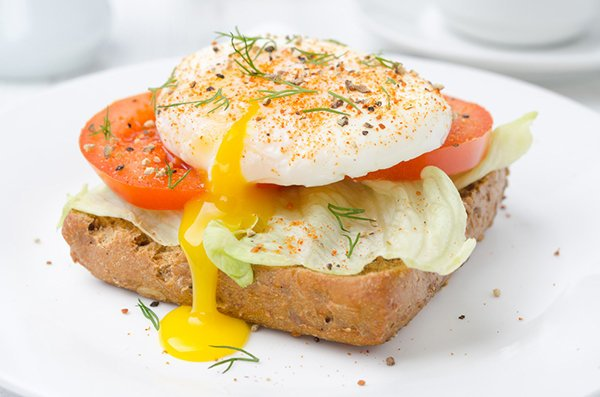 Poached Egg, Lettuce, and Tomato