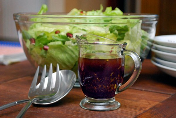 Balsamic Pomegranate Vinaigrette