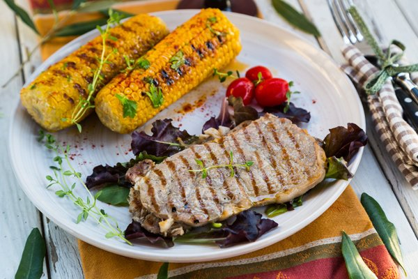 Grilled One-Minute Steak and Paprika Corn on the Cob