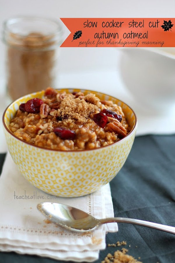 Slow Cooker Autumn Oatmeal