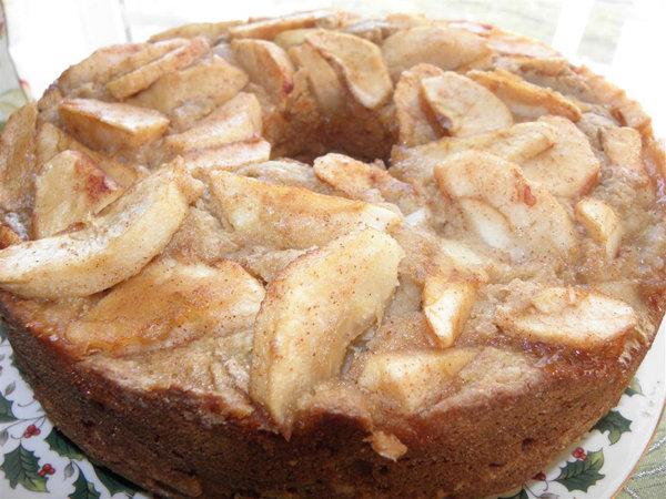 Sugar-Free Whole Wheat Apple Cake