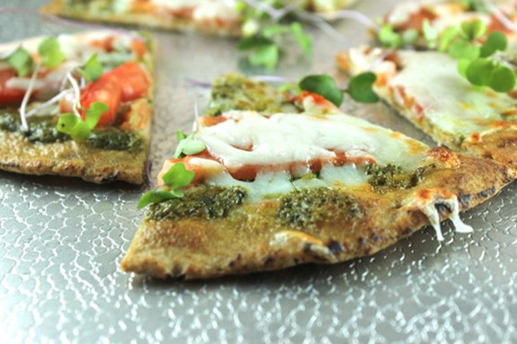 Easy Flat Bread Pesto Pizza Recipe