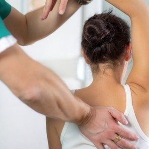 Chiropractor May Ease Back Related Leg Pain