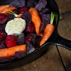 How to Clean and Season a Cast Iron Skillet