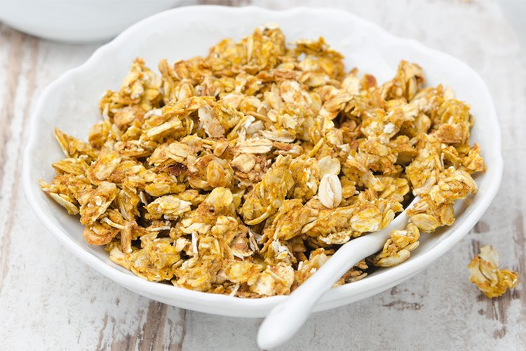 This granola makes a great breakfast, snack, or dessert!
