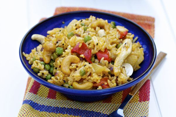 Asian Mixed Rice with Cashew & Chicken