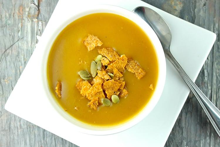 Slow Cooker Santa Fe Pumpkin Soup Recipe