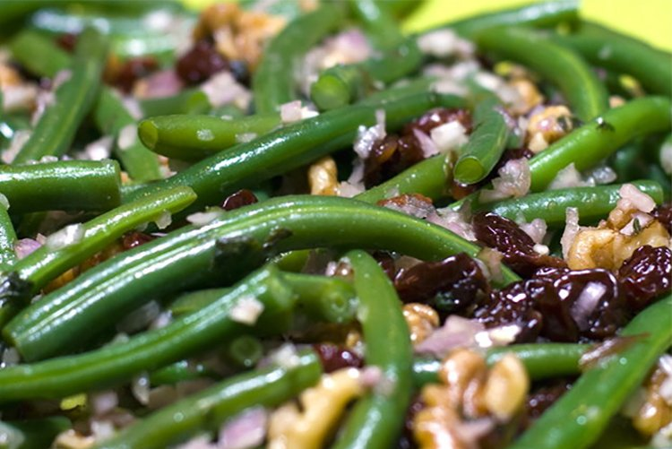 Green Beans with Cranberries & Walnuts