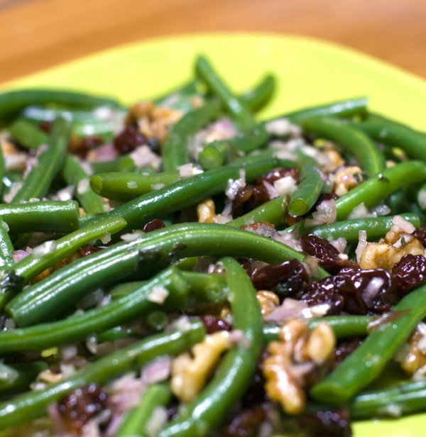 Green Beans with Cranberries & Walnuts Recipe