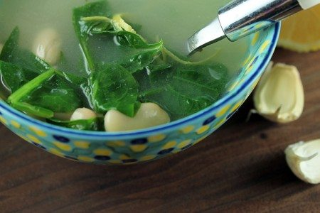 Lemon Garlic Soup with White Beans and Kale Recipe