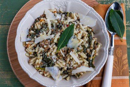 Penne Pasta with Lentils & Kale