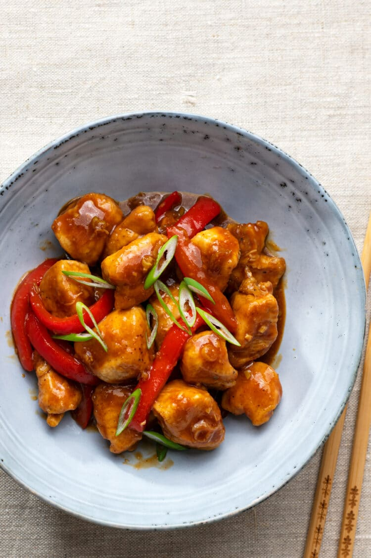 Skip the unhealthy take-out and make this Chinese classic instead.